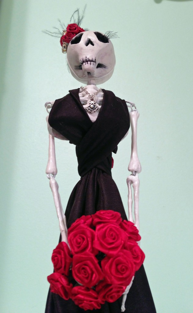 skeleton_doll